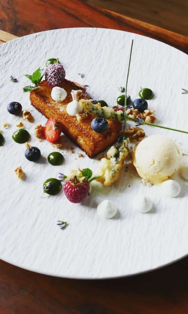 Parfait goat cheese, brioche and lavender with plum sauce - Schubel Dubel - The Good Gourmet